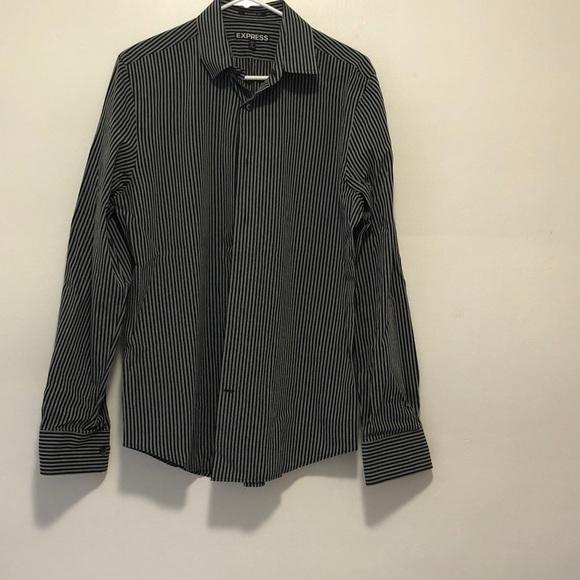 Express shirt size M